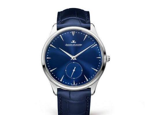 The blue leather strap matches the blue dial perfectly, adding a dynamic touch to the model.