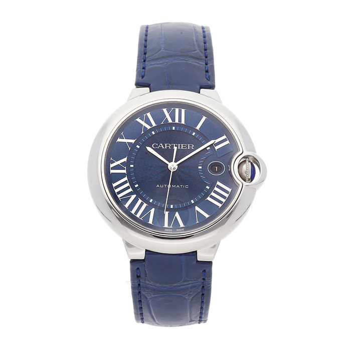 The blue dial fake watch has blue strap.