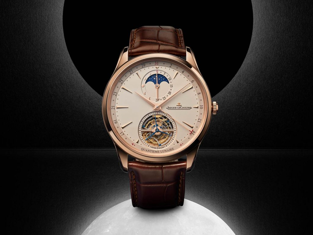 The 18k rose gold fake watch has a moon phase.